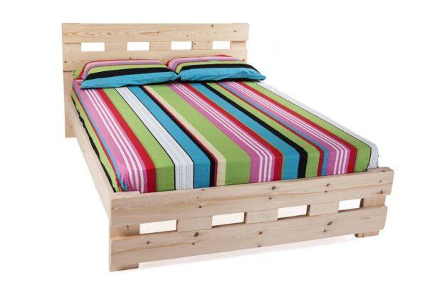 בסיס מיטה מעץ מלא עם מזרון