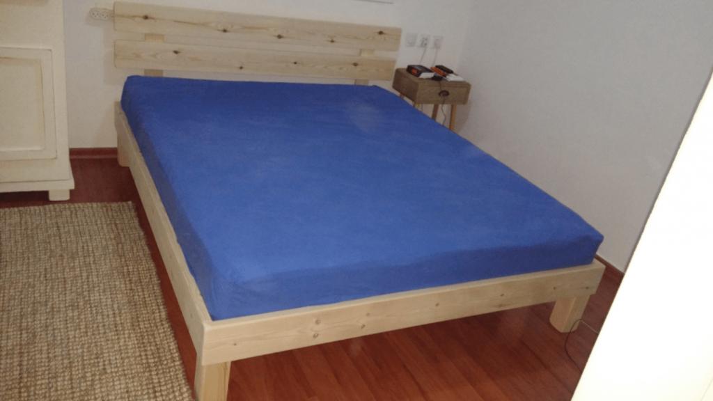 מיטה בבית הלקוח