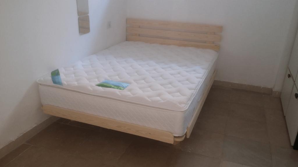 בסיס מיטה זוגי ומזרן