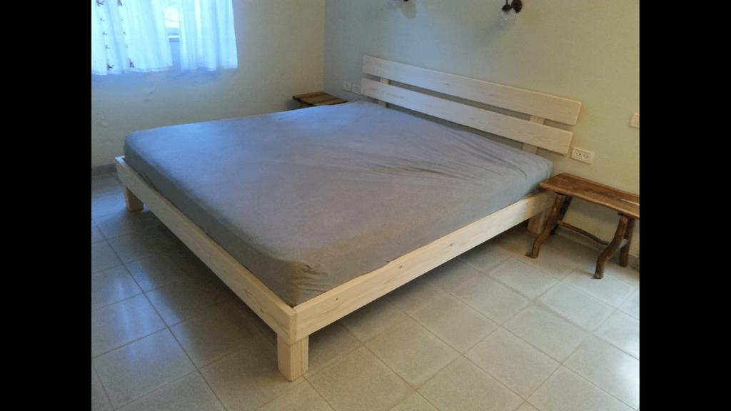 בסיס מיטה ומזרון